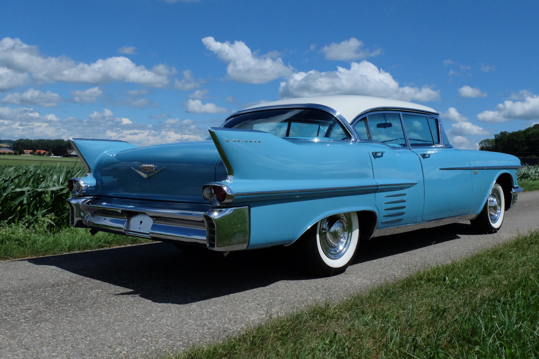 verkauft****** 1958 cadillac series 62 - kultmotors